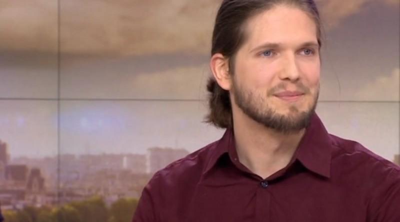 Lilian Lepère raconte comment il a échappé aux frères Kouachi (Vidéo)