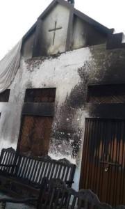 église incendiée pakistan